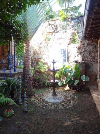 Estalagem Alcino: Jardim