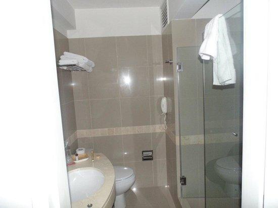 LP Los Portales Hotel Cusco: Baño