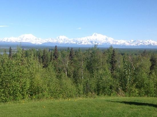 Talkeetna Alaskan Lodge : the wonderous Mount McKinley or is it Mt Denali