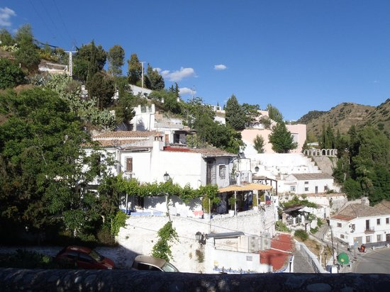 Play Granada : Sacromonte