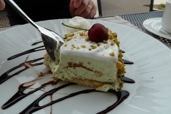 TUI SENSIMAR Palazzo del Mare : Petit dessert au restaurant à la carte (le midi)