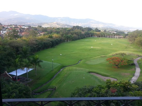 Costa Rica Marriott Hotel San Jose: The view out the window...spectacular!