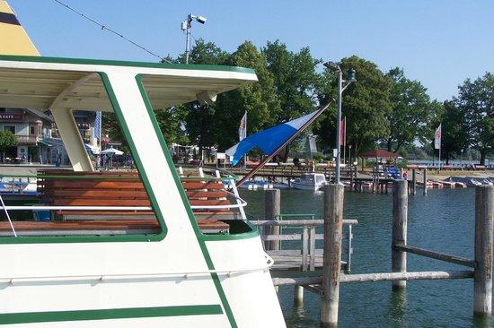 Chiemsee Schifffahrt: Флаг на судне