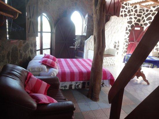 El Castillo Galapagos: Habitacion triple