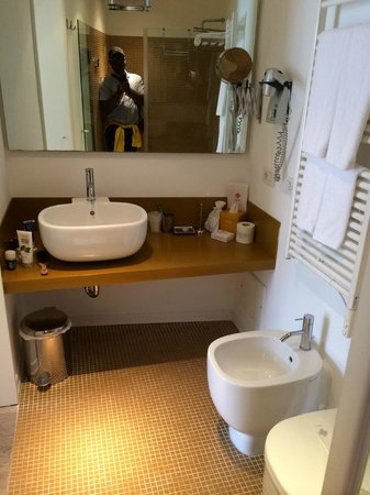 Piccolo Hotel del Lido: Bathroom