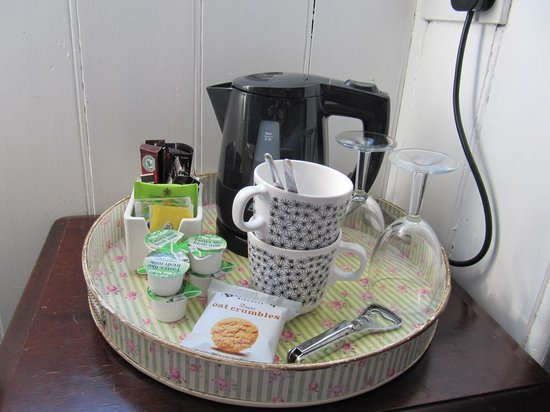 Kingsway Guest House: Welcoming tray