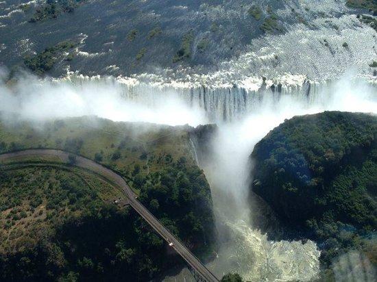 The Victoria Falls Hotel: vista aérea de las cataratas