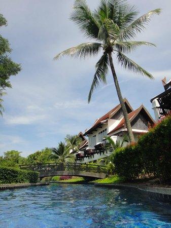 JW Marriott Khao Lak Resort & Spa : Hotel grounds