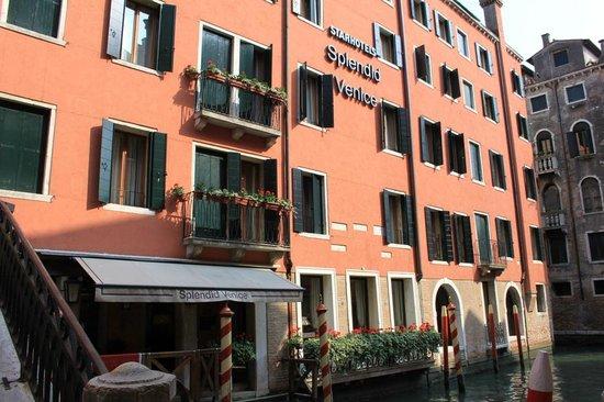 Starhotels Splendid Venice: façade de l'hôtel