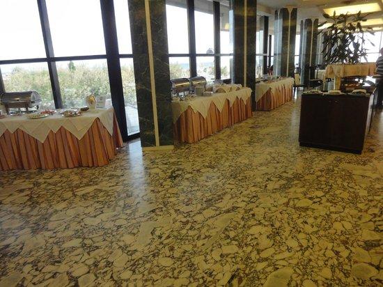 Hotel Diplomat Palace: Sala colazione