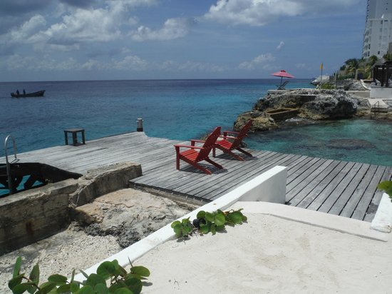 Hotel B Cozumel: dock of the bay