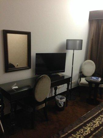 VIP Grand Maputo Hotel: Room