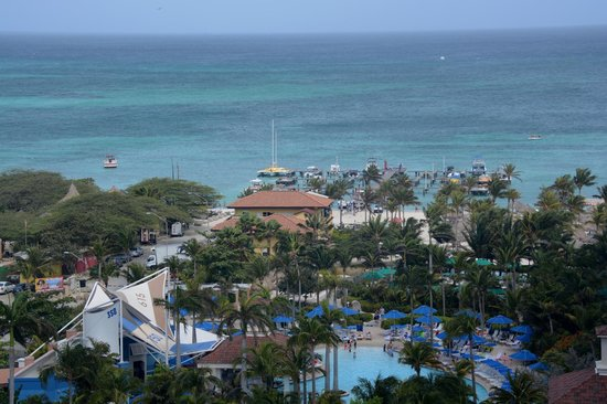 Marriott's Aruba Surf Club : view from the room