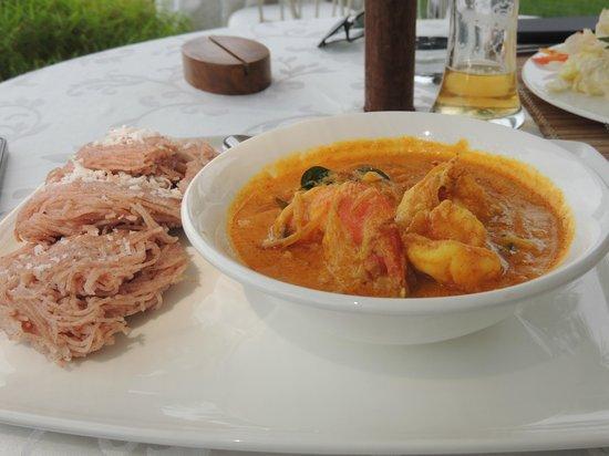 Brunton Boatyard: Tenga Aracha Konju Curry with Idiyappam