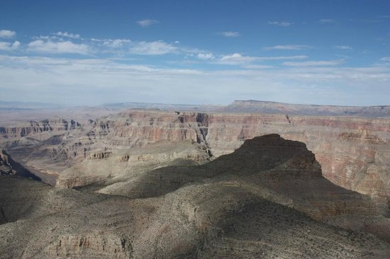 Serenity Helicopters : Over Grand canyon