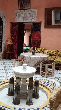 Riad Idrissi : pátio