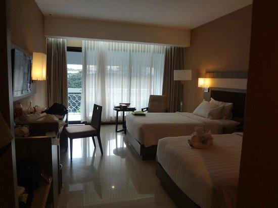 Royal Ambarrukmo Yogyakarta : Kamar tidur dengan view Pesanggrahan dan Malioboro Mall
