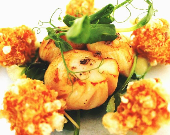 The Dining Room at Royal Sportsman Hotel: Starter: Seared Anglesey Scallops with confit pork belly, Bramley apple & hazelnut oil.