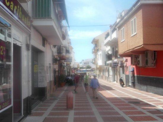 La Carihuela: towards beach
