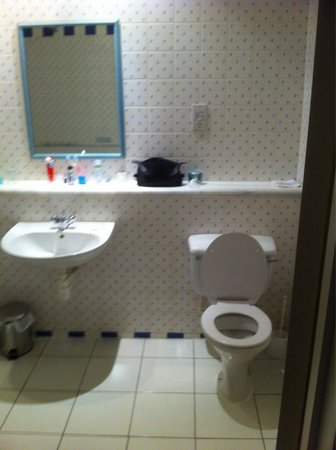 The Speech House Hotel : Bathroom junior suit