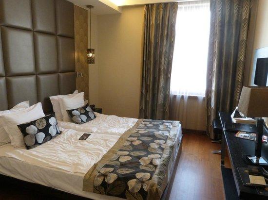Continental Hotel Budapest: chambre standard