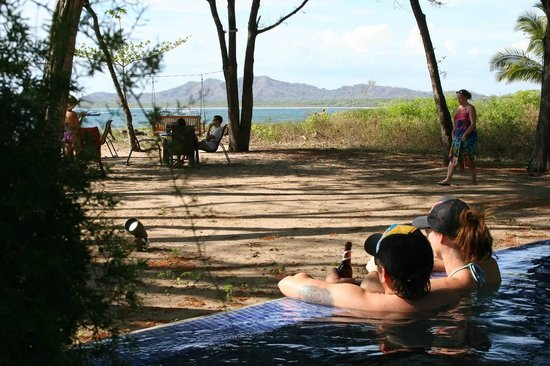 Langosta Beach Club : Relaxing in the pool