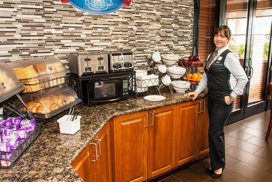 Baymont Inn & Suites Miami Airport West/Doral : Welcome Baymont Breakfast