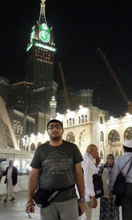 Pierre noire : مسجد الحرام  پوریا