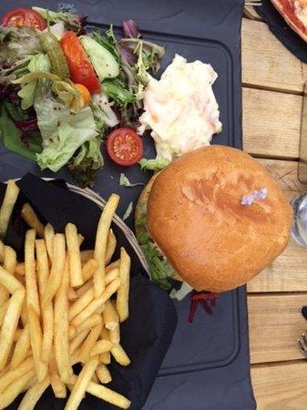 Cafe Continental: Moroccan Lamb Burger