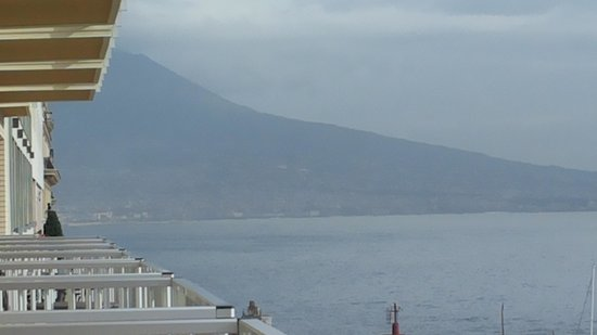 Royal Continental Hotel: vesuvio