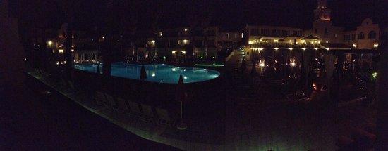 Napa Plaza Hotel: night view