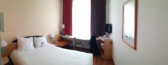 Ibis Hamburg Alster Centrum: The room