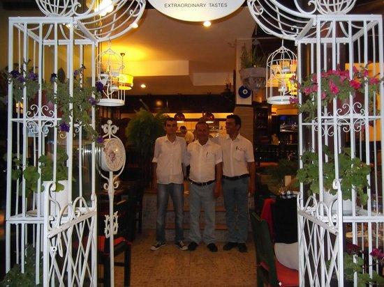 Ali Kestaneci Restaurant: Lovely staff