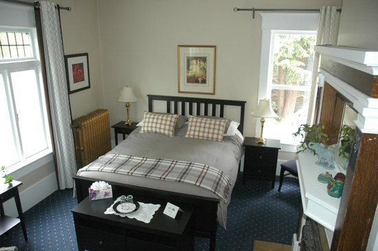 Windsor Guest House: Victoria Room