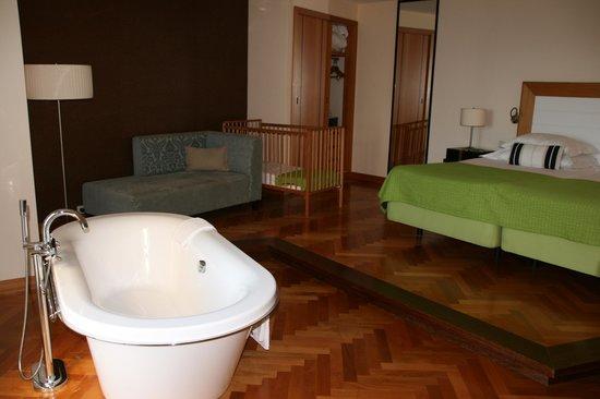 Pestana Promenade Ocean Resort Hotel: Suite Honeymoon