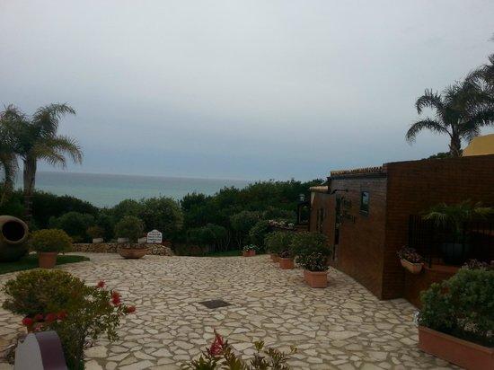 Baia di Ulisse Wellness & SPA: Sentiero per la spiaggia