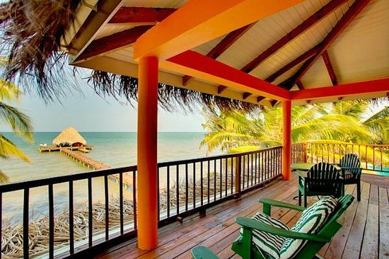 Robert's Grove Beach Resort: Beach View balconies