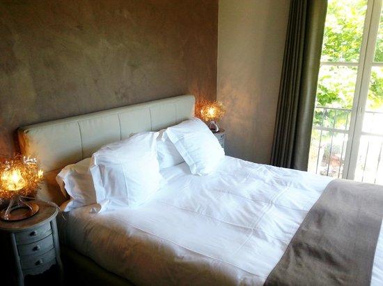La Bastide du Clos des Roses : le lit