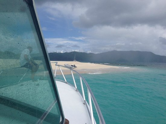Sea More Charters - Tours: View of Sandy Cay from Sea More