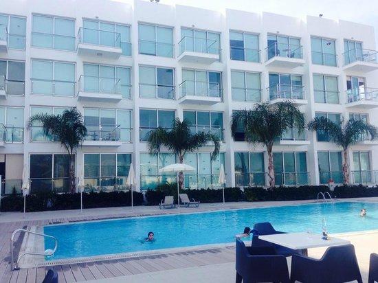 Coralli Spa Resort: Pool area