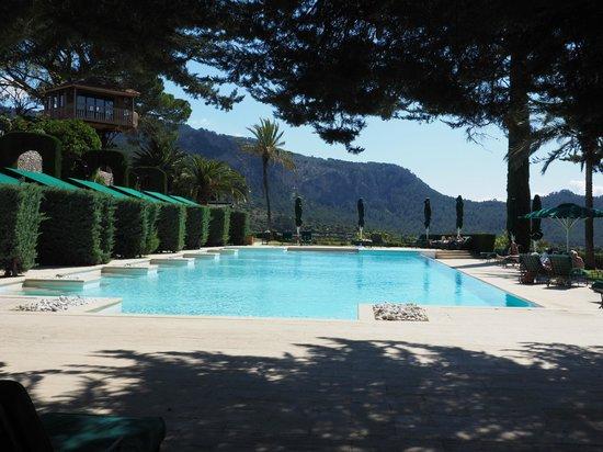 Gran Hotel Son Net: Pool area - unheated.