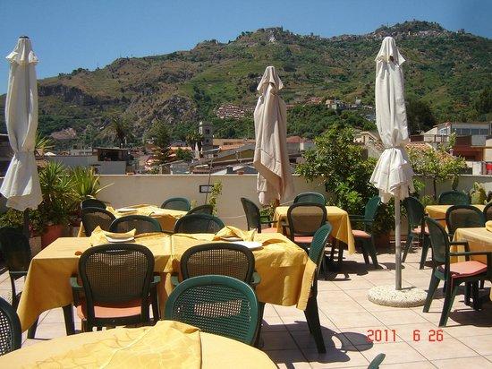 Dakterras restaurant Hotel La Grotta