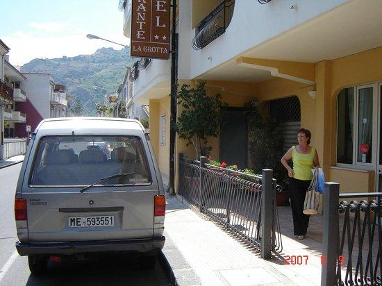 Hotel La Grotta : Ingang hotel