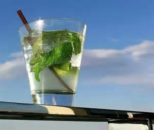 The Masthead at Pier Street : Mojitos are a specialty!!