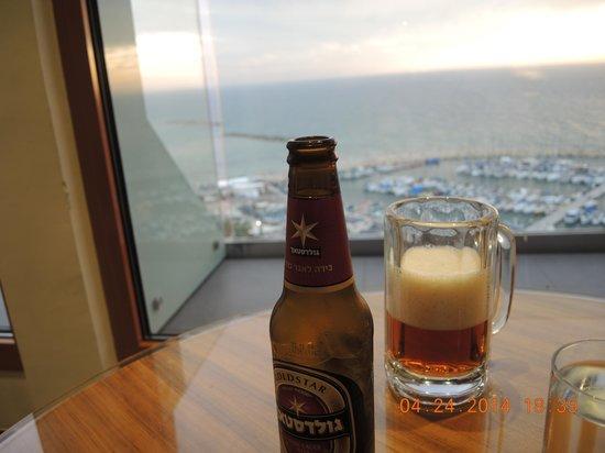 Carlton Tel Aviv : Israeli Beer