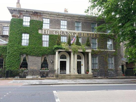 The Grange Hotel: Outside