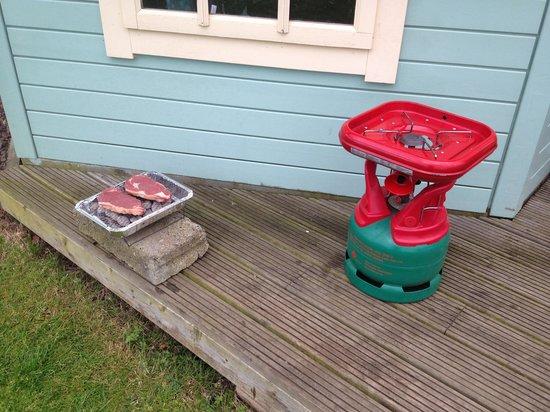 Gilsland Park: BBQ & Gas Stove