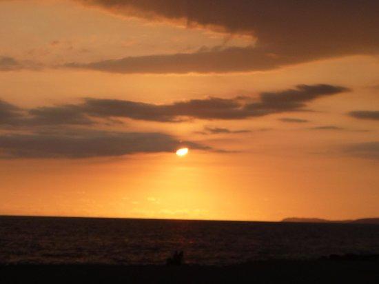 Krystal Puerto Vallarta: atardecer desde la piscina de playa