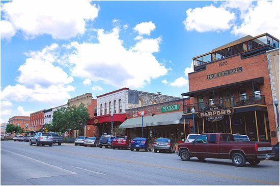 San Marcos, TX: Visit our Historic Downtown there is something for everybody
