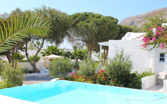 Santorini Kastelli Resort: Kastelli Jacuzi